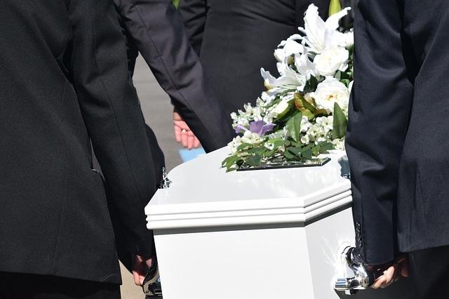Santalucía y Mapfre, crean filial para servicios funerarios en España