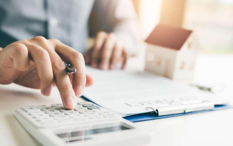 familias destinan 4,6 % de gastos a seguros
